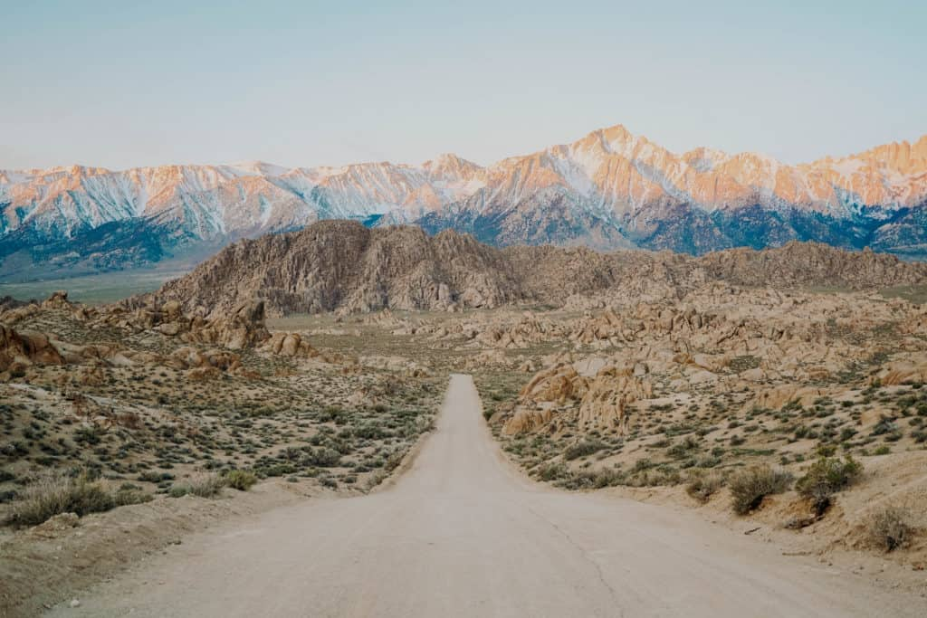 Things to Do Near Mammoth Lakes - Alabama Hills