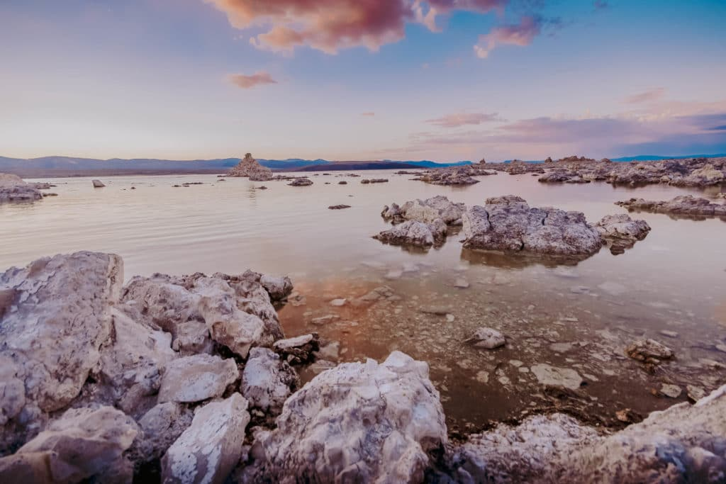 Things to Do Near Mammoth Lakes - Mono Lake