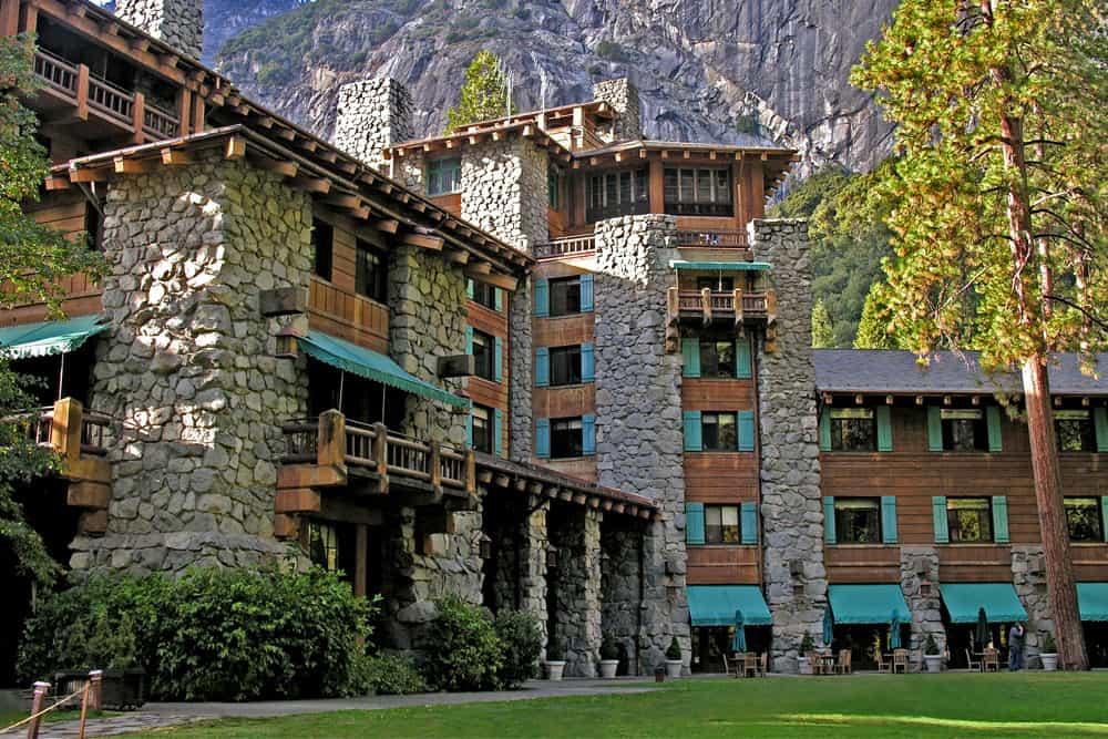 Yosemite Valley Hotels - the Ahwahnee Hotel
