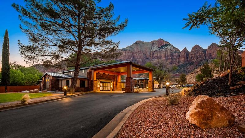 The entrance of Best Western Plus Zion Canyon Inn in Springdale