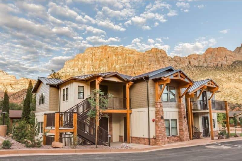 Watchman Villas in Springdale - part of a Where to Stay in Zion National Park Guide